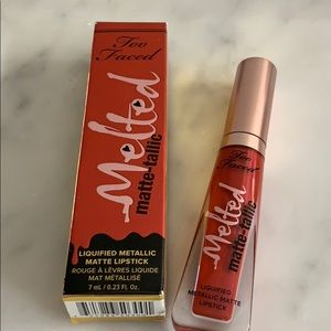 "Too Faced Makeup - Too Faced metallic lips ""Bitch, I'm Too Faced"""